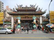 台北龍山寺文化巡禮